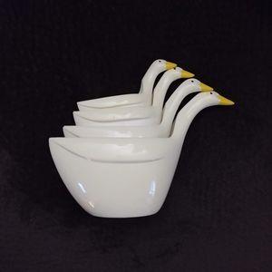 Vintage Melamine Stacking Goose Measuring Cups